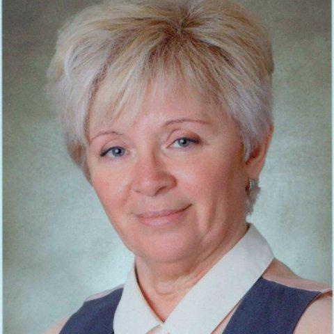 Bertha Mária oktató