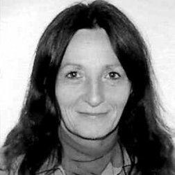 Anna Szelényi oktató