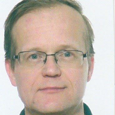Buhály Attila oktató