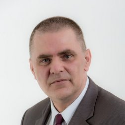Vittinger  László oktató